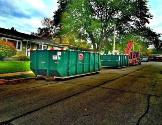Commercial Dumpster rental services-Roanoke Dumpster Rental & Junk Removal Services-We Offer Residential and Commercial Dumpster Removal Services, Portable Toilet Services, Dumpster Rentals, Bulk Trash, Demolition Removal, Junk Hauling, Rubbish Removal, Waste Containers, Debris Removal, 20 & 30 Yard Container Rentals, and much more!