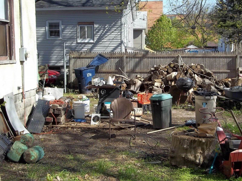 Residential Junk Removal-Roanoke Dumpster Rental & Junk Removal Services-We Offer Residential and Commercial Dumpster Removal Services, Portable Toilet Services, Dumpster Rentals, Bulk Trash, Demolition Removal, Junk Hauling, Rubbish Removal, Waste Containers, Debris Removal, 20 & 30 Yard Container Rentals, and much more!